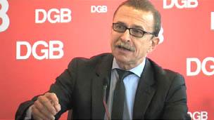Claus Mateckit stellt das Vier-Punkte-Programm für einen Kurswechsel in Europa vor.