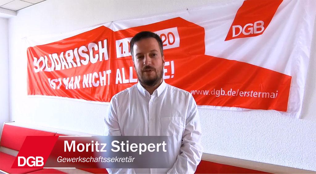 Moritz Stiepert, Gewerkschaftssekretär des DGB in Reutlingen grüßt zum 1. Mai