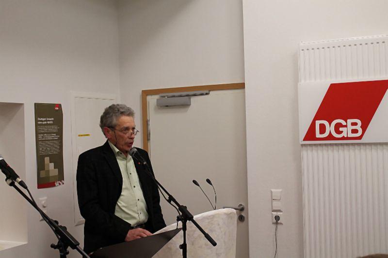 BASIS ist da – Stuttgart hat ein Zentrum für soziale Gerechtigkeit. Der DGB-Stadtverbandsvorsitzende Philipp Vollrath beschreibt die Ziele, die wir uns gesetzt haben